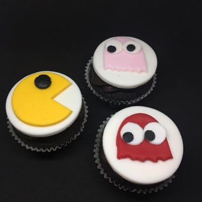 Delorcakery PacMan cupcakes